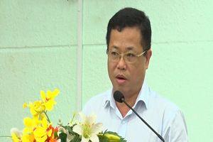 Khởi tố, bắt nguyên Bí thư thị xã Bến Cát Nguyễn Hồng Khanh