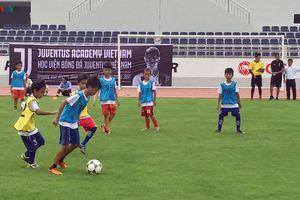 Hơn 300 tài năng trẻ thi tuyển vào Học viện bóng đá Juventus