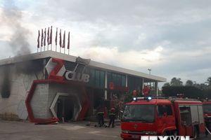 Cháy lớn tại một vũ trường ngay trung tâm thành phố Nha Trang