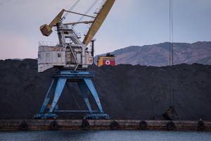 Hàn Quốc chuẩn bị báo cáo LHQ về hoạt động chuyển than của Triều Tiên