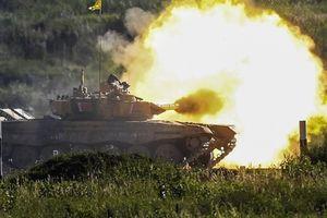 Bất bại trước mọi đối thủ, Nga thách thức 'đừng đối đầu'