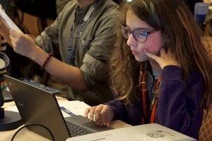 Hacking cuộc bầu cử giữa nhiệm kỳ Mỹ? Trò con trẻ cũng làm được