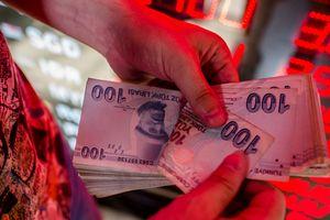 Thị trường thế giới 'nín thở' theo dõi khủng hoảng ở Thổ Nhĩ Kỳ