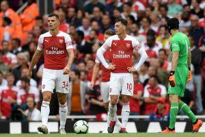Arsenal thua Man City và chuyện 'bình mới, rượu cũ'