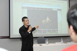 Đạo diễn Việt Tú khẳng định sẽ theo vụ kiện Công ty Tuần Châu tới cùng