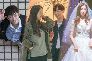 Hậu trường 'Lovely Horribly': Dù phim kinh dị nhưng 'mợ ngố' Song Ji Hyo, Park Shi Hoo không thể nhịn cười