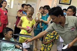 Vụ xe rước dâu gặp nạn: 2 cháu bé sống sót sau tai nạn nhận được gần 4 tỷ đồng tiền ủng hộ