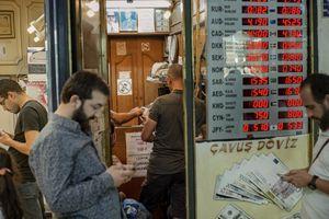 Khủng hoảng tiền tệ Thổ Nhĩ Kỳ lan tới nhiều thị trường