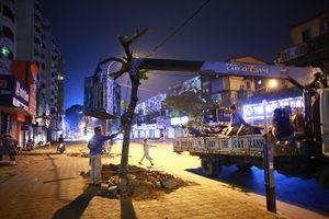 Hà Nội: Chặt hạ hàng loạt cây xanh mở rộng đường Phạm Ngọc Thạch