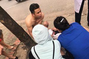 Mẹ trẻ đẻ rơi giữa đường phố Hà Nội, 'ekip đỡ đẻ' là bác bán nước mía và tài xế taxi