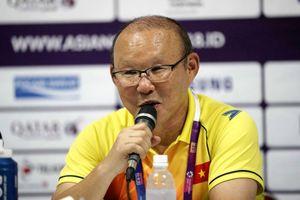 HLV Park Hang-seo: 'Tôi chưa vội nghĩ đến tuyển Olympic Nhật Bản'