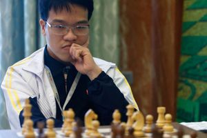 Anh Khôi vượt Quang Liêm tại giải cờ vua quốc tế Abu Dhabi