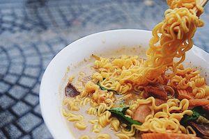 Những món ăn dưới 25k đảm bảo 'ngon, bổ, rẻ' trước cổng trường, được học sinh vô cùng ưa chuộng