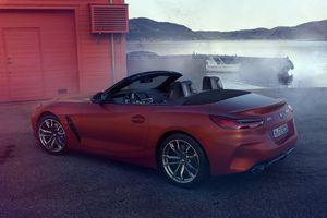 BMW Z4 M40i 2019 hé lộ hình ảnh nội thất