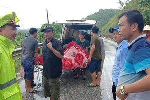 Nghệ An: Quốc lộ 7 sạt lở, nhiều người bệnh không thể đến viện