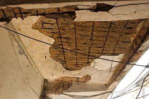 Phát hoảng cảnh xuống cấp ở chung cư Thanh Đa, TP HCM