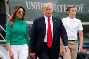 Cậu út nhà Trump cao hơn mẹ dù mới 12 tuổi