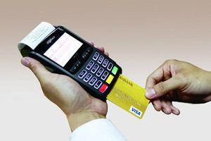 Mất tiền trong thẻ, khách hàng bị 'hành' hơn 2 tháng