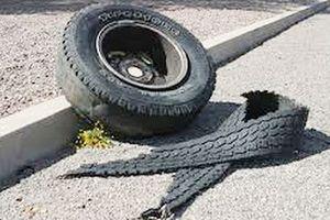Nổ lốp xe trong lúc sửa, người đàn ông tử vong