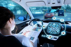 Mất kiểm soát và virus máy tính là những rào cản hàng đầu của xe tự lái