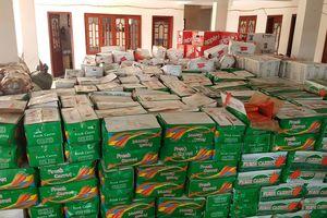 Tạm giữ gần 10 tấn trái cây, rau củ Trung Quốc không nhãn mác