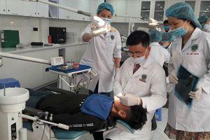 Nghịch lý nha khoa Việt Nam: Tây nườm nượp đến chữa răng - ta 'bỏ qua' sức khỏe răng miệng