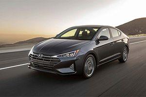 Soi chi tiết sedan Hyundai Elantra 2019 vừa ra mắt