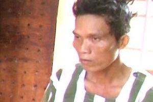 'Nghịch tử' 40 tuổi dùng khúc gỗ đánh chết cha mẹ ruột