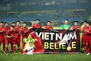Công Phượng và Olympic Việt Nam tặng chiến thắng lịch sử cho Hùng Dũng