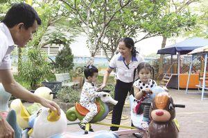 Doanh nghiệp mở trường mầm non, công nhân đỡ chi phí nuôi con