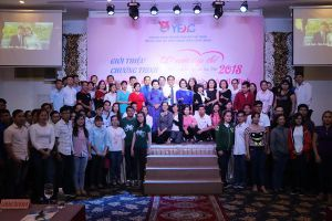 Cùng thanh niên công nhân chia sẻ kỹ năng xây dựng hạnh phúc gia đình