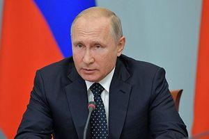 Tổng thống Nga Putin bất ngờ miễn nhiệm 15 tướng lĩnh
