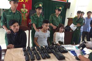 Quảng Trị: Bắt giữ người Lào vận chuyển hơn 65 nghìn viên ma túy tổng hợp