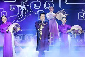 Khán giả Huế háo hức chờ đón Quang Lê hát trên quê hương