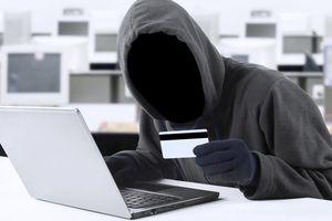 Hàng chục tài khoản vay tín chấp của khách hàng bị kẻ gian 'rút ruột'