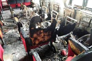 Trụ sở xã bốc cháy sau tiếng nổ, thiệt hại gần 600 triệu đồng