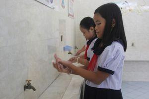 Nhà vệ sinh trường học: Nâng cao ý thức giữ gìn vệ sinh chung