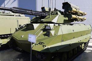 'Sát thủ' robot Nga mang 12 tên lửa nhiệt áp sẵn sàng tham chiến