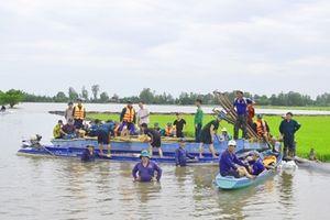 Hơn 40.000 ha lúa ở Kiên Giang bị 'uy hiếp' bởi nước lũ