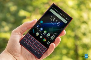 BlackBerry công bố phiên bản giá rẻ của KEY2, giá từ 9 triệu đồng
