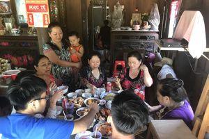 Vì sao cần duy trì bữa cơm chung trong gia đình?