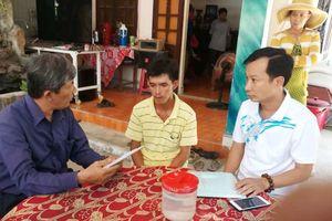 Hỗ trợ 18 triệu đồng cho 2 gia đình có 4 cháu bé chết đuối ở Quảng Ngãi