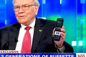 Tỉ phú Warren Buffett nói iPhone giá 1.000 USD là quá rẻ