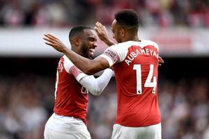 Clip: Arsenal thắng 'toát mồ hôi' trước Cardiff