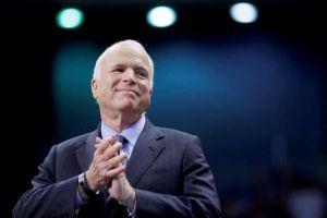 Phó Tổng Thống Mỹ đọc điếu văn đưa tiễn Thượng nghị sĩ John McCain