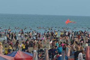 30 trẻ bị lạc khi đi biển Vũng Tàu trong 2 ngày nghỉ lễ