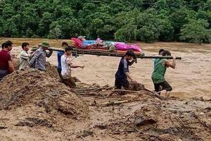 14 người chết, 4 người mất tích do mưa lũ
