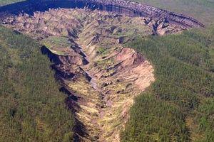 'Cổng địa ngục' khổng lồ và mối nguy đáng lo ngại cho Trái Đất