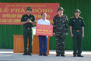Bộ CHQS tỉnh Nghệ An giúp dân khắc phục bão lụt