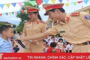 Gần 5.000 học sinh TP Hà Tĩnh được tuyên truyền Luật Giao thông đường bộ